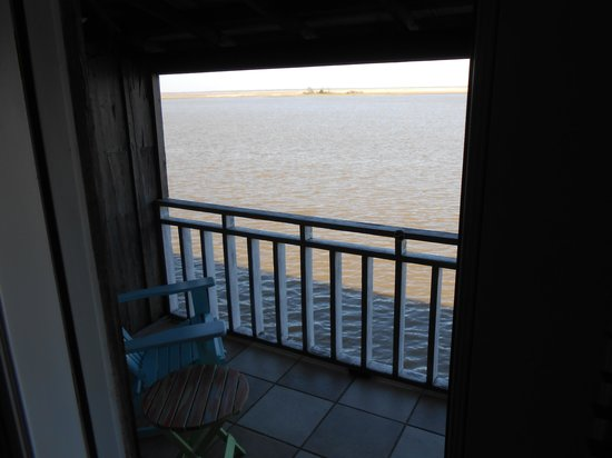 Apalachicola River Inn: Screened in porch