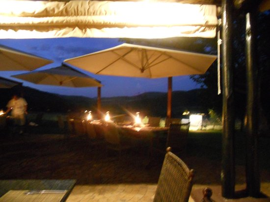 Bakubung Bush Lodge: Dinner one evening