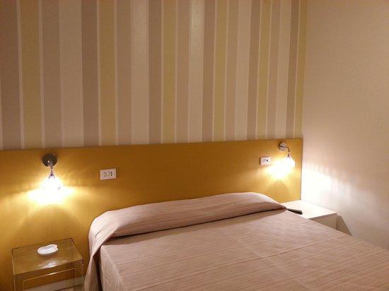 Hotel & Residence Villa Rosa: camera dei miei amici