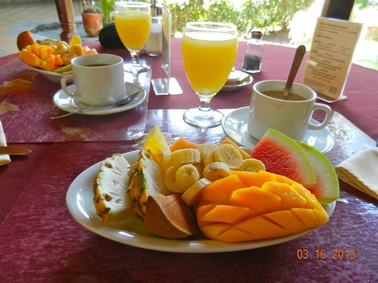Hotel Patio del Malinche: Breakfast