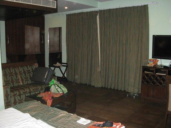 Resort De Coracao : View from bedfront