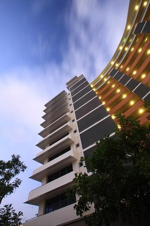 Monaco: Outside building