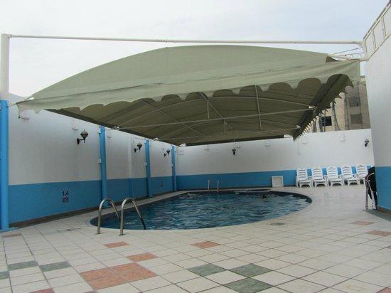 Spark Residence : Pool