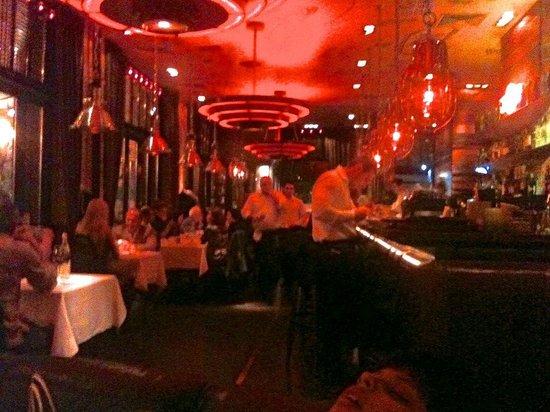 TG Italiano: Busy Restaurant ! @ TG