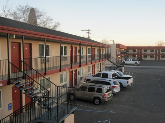 Yerington Inn: Another wing and more rooms across the street
