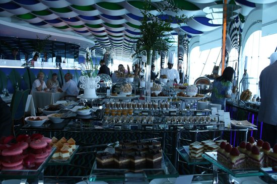 Brunch at al muntaha picture of al muntaha dubai for Burj al arab reservation