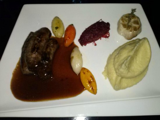 Green Mango : Homemade Lamb Sausages with Mashed Potato