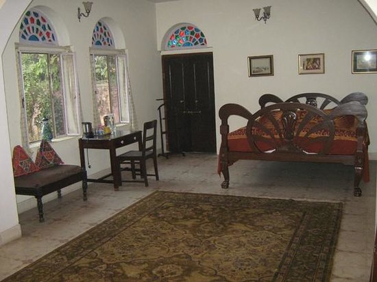 guest room jaipur heritage home