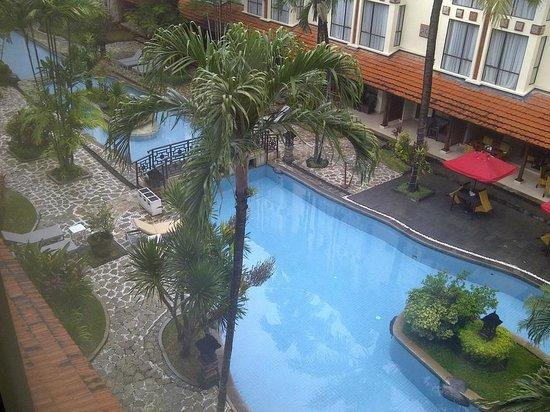 Prime Plaza Hotel Sanur - Bali: swimming pool