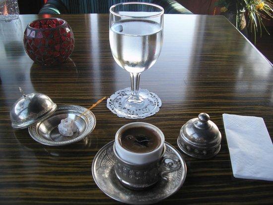 Grand Yavuz Hotel: Gavhe' (Caffe' alla turca)
