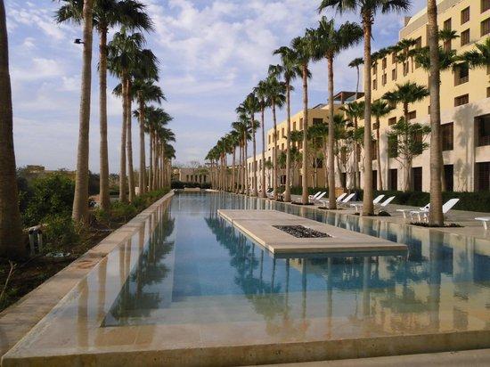 Kempinski Hotel Ishtar Dead Sea: Hotel mit Pool