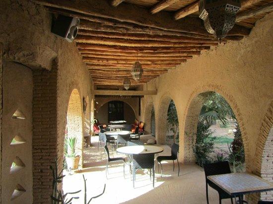 Auberge Ksar Sania: Courtyard