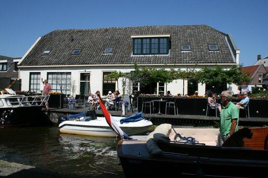 Restaurant 't Regthuys: Geniet van het knusse terras