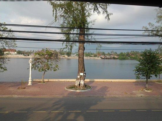 Rikitikitavi: view from restaurant/bar