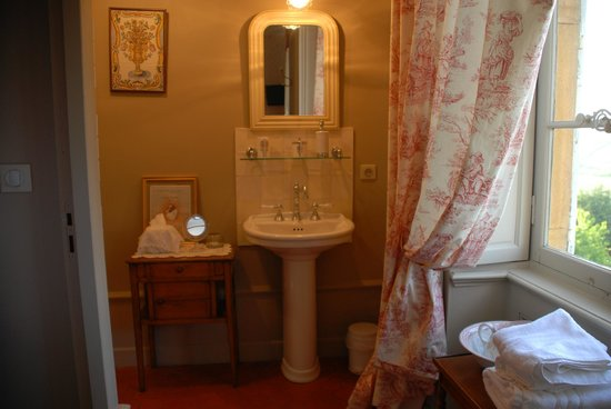 Domaine du Mont Verrier : one of the bathrooms (each room has its own)
