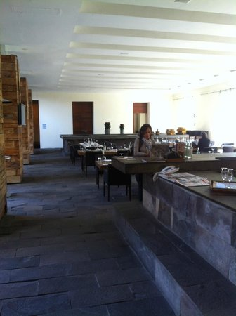 La Purificadora: View of the main dinning area.