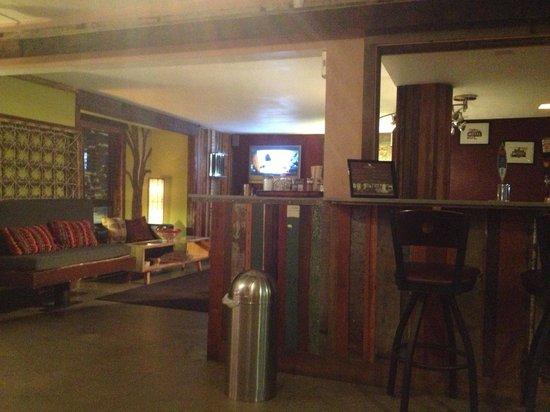 968 Park Hotel: Lobby area