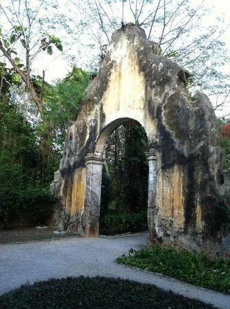 Hacienda San Jose, A Luxury Collection Hotel, San Jose: Old portal entrance to the hacienda.