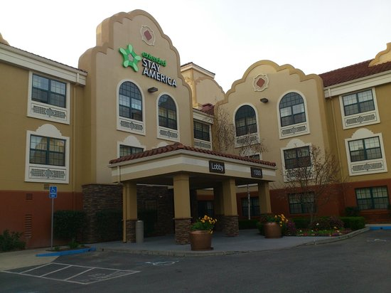 Extended Stay America - San Jose - Milpitas: Hotel enterance