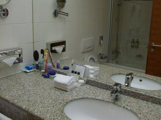 Hotel International Prague: Il Bagno Della Camera