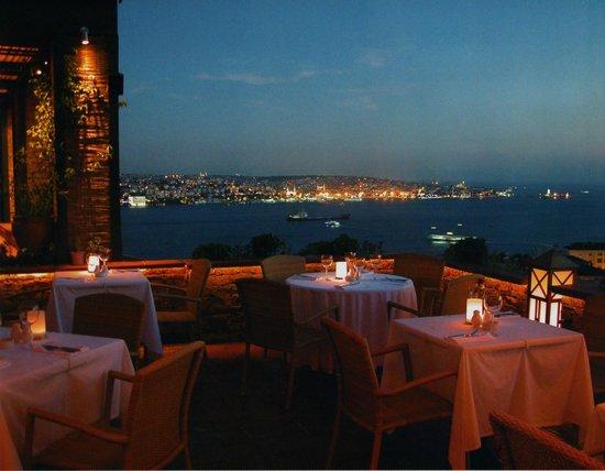 La Maison Hotel: la terrazza ristorante