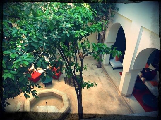Hotel & Spa Riad Dar Sara: blick von zimmer. 4