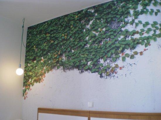 City Hotel Thessaloniki: the wallpaper!