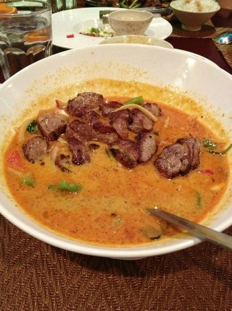 Tamarind Authentic Malaysian & Thai Cuisine: Red curry duck