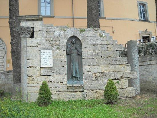 Chiesa di San Fortunato: fra' Jacopone