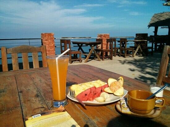 Lanta Top View Resort: Breakfast