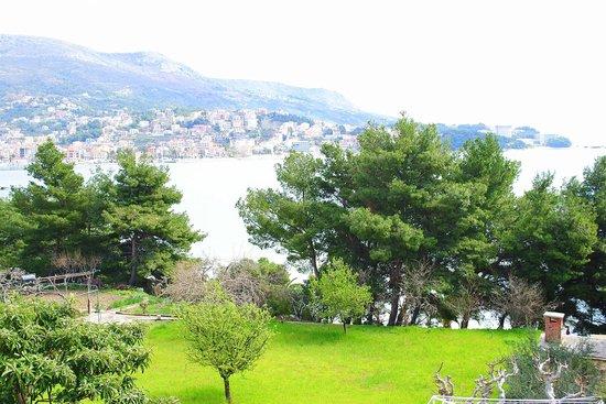 Hotel Zvonimir : View