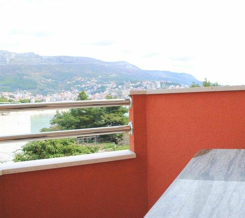 Hotel Zvonimir : Balcony