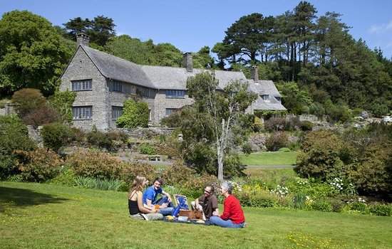 Dartmouth, UK: The arts and crafts house is made from local stone and sits beautifully in its surroundings