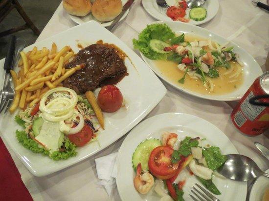 Khaosan Restaurant: 今回注文の食事