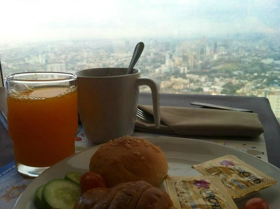 Baiyoke Sky Hotel: View from the breakfast buffet