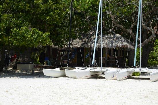 Bandos Maldives: le centre nautique, jet ski, planche cata , wakeboard... tout ce qu'il faut