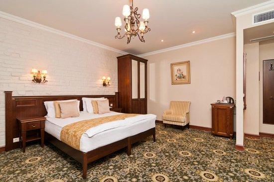 """Отель """"Традиция"""": Junior suite"""