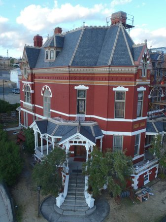 Copper King Mansion: Historic Butte Mansion