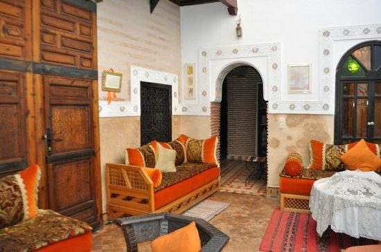 Riad Petit Darkoum: Living room