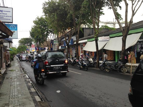 Tune Hotel - Double Six, Legian: View of the streets during my walk in the area of Jalan Arjuna and Jalan Legian