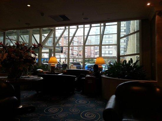 Copthorne Tara Hotel London Kensington: lobby