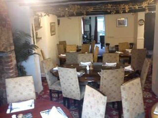 The Bell Inn Freehouse: Restaurant