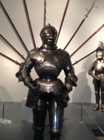 Reading Public Museum: A Mid-Evil Knight