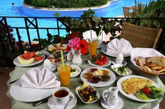 زيتيندا هوتيل: Breakfast