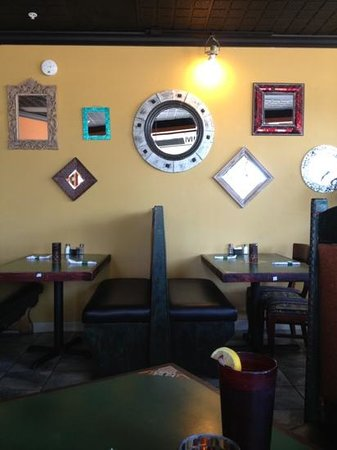 Mayas Mexican Grill