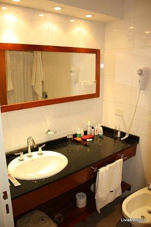 Piedras Suites : Banheiro