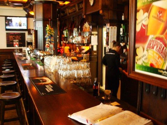 Paddy Reilly's Irish Pub : Bar