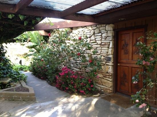 Carmel Valley Lodge : Entrance