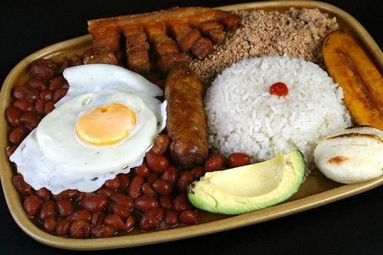 Bandeja paisa picture of la fogata madrid tripadvisor - Restaurante colombianos en madrid ...