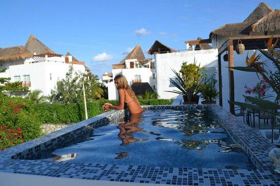 Casa Naaj Apartments: terraza
